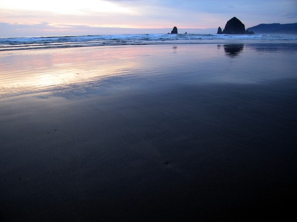 Cannon_Beach_Haystack_Rock